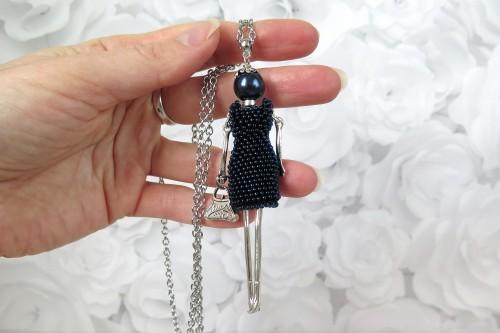 Damutė tamsiai mėlyna mini suknele