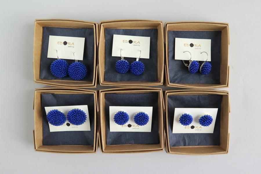 """Ryškiai mėlyni kabantys apvalūs auskarai """"Gervuogėlės"""""""